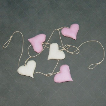 Nursery bunting hearts in pink and cream - 5 elements