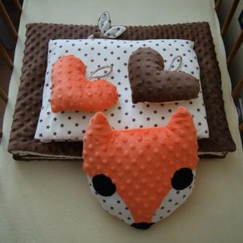 Kocyk Minky brąz brązowe gwiazdki na kremie handmade