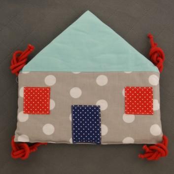 Moduł ochraniacza do łóżeczka Domek turkus kropki na szarym, czerwonym i granacie handmade