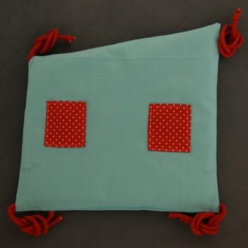 Moduł ochraniacza do łóżeczka domek turkus kropki na czerwonym handmade