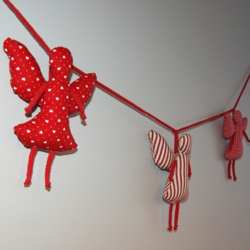Nursery bunting angels in red