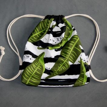 Plecak / worek z tkaniny wodoodpornej liście na biało-czarnych pasach / czarny handmade