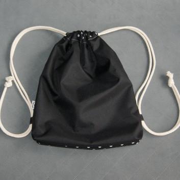 Plecak / worek z tkaniny wodoodpornej białe groszki na czarnym tle / czarny handmade