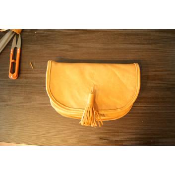 Wykrój - torebka / saszetka zakładana na pasek handmade
